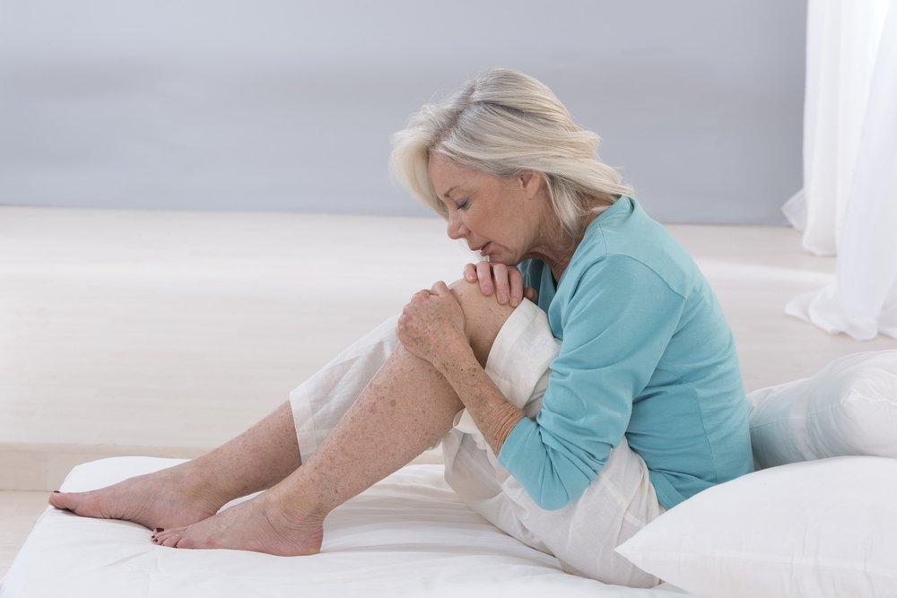 skauda nuo viso kūno raumenų sąnarių po slidės skauda sąnarius