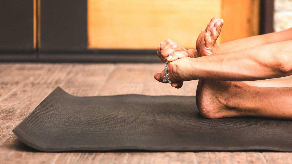 kaip pašalinti pėdos sąnarių patinimas liaudies gynimo osteoartrito peties sąnario