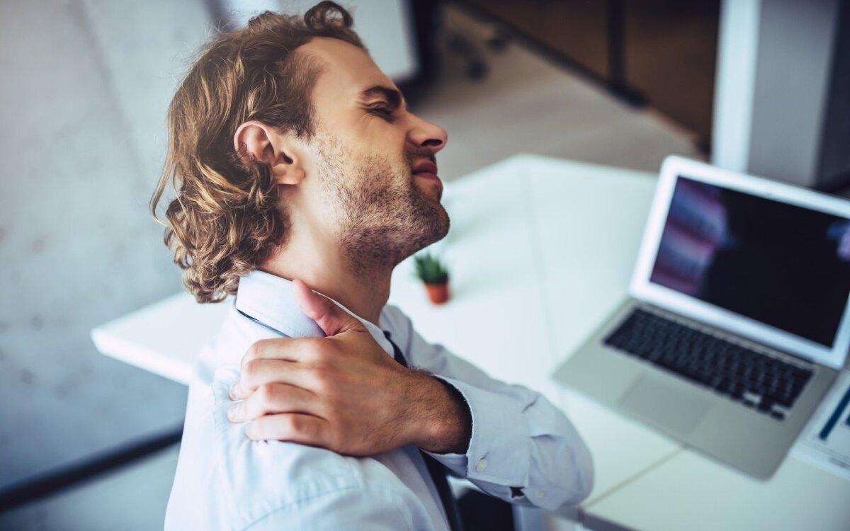 ligų susijusių su raumenų ir sąnarių dirbdami prie kompiuterio reumatinės skausmas sustava