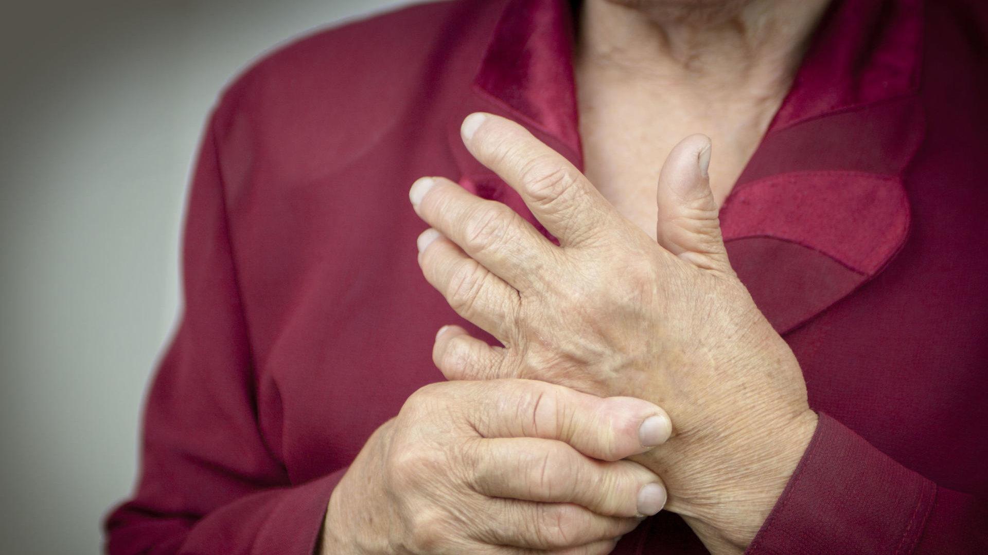 riešo sąnarys skauda ką daryti skausmas mėta sąnarių