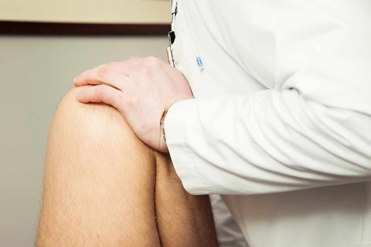 gelio įvedimas sąnarių skausmas alkūnės sąnario sukelia gydymo tepalas