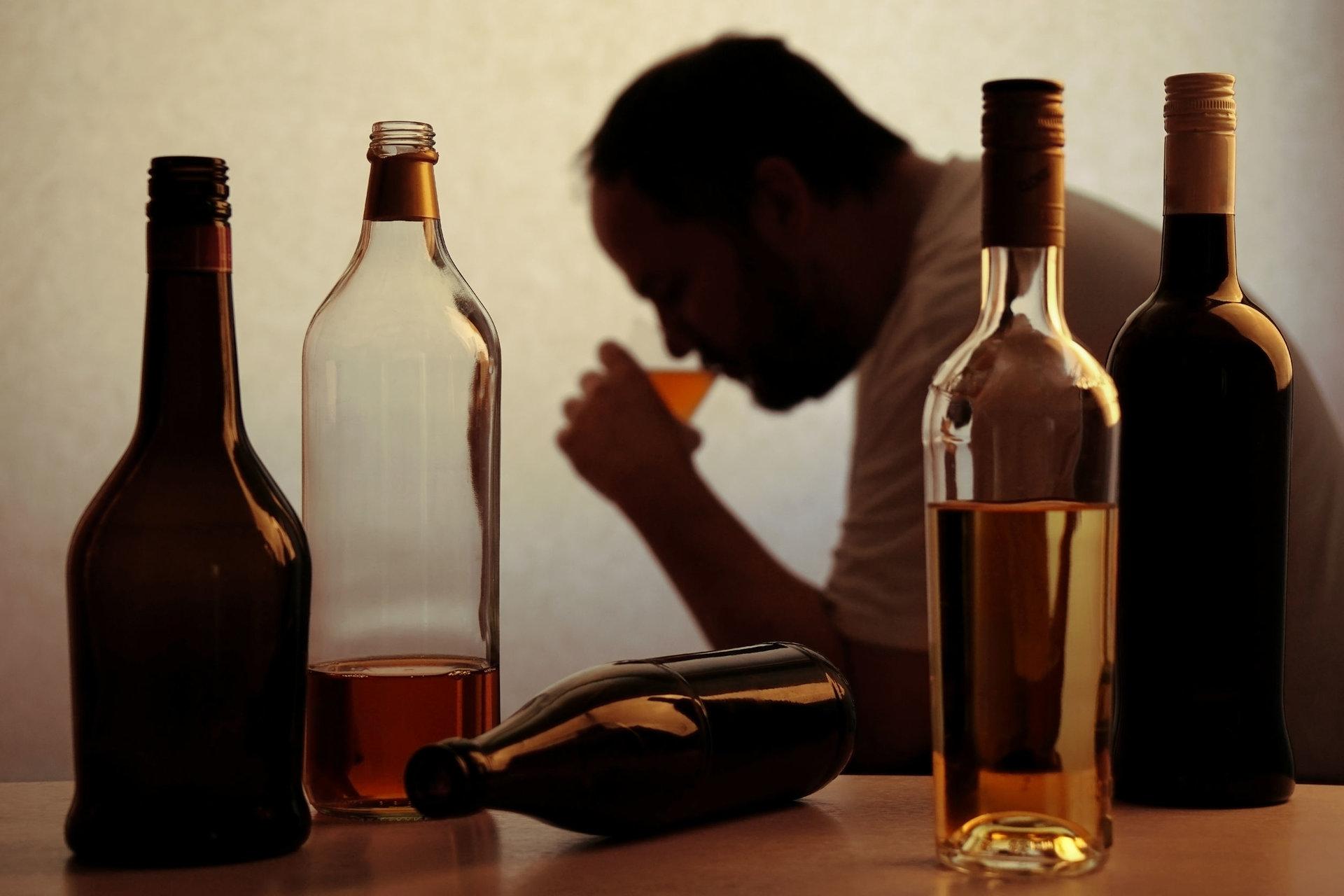 alkoholizmas ir sąnarių liga