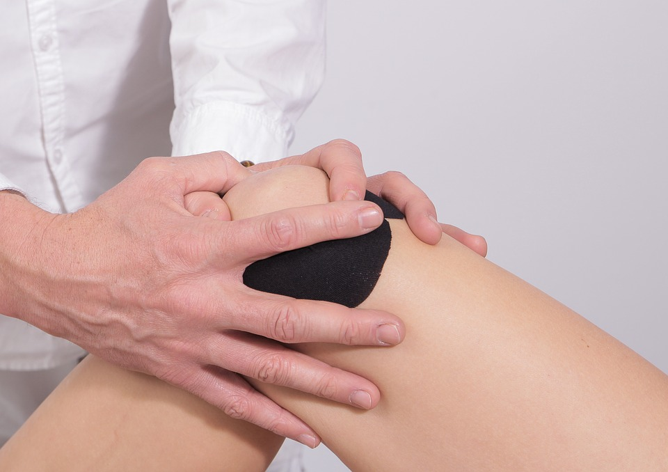 artritas pirštas rankos gydymas liaudies skausmas kulno sąnarių
