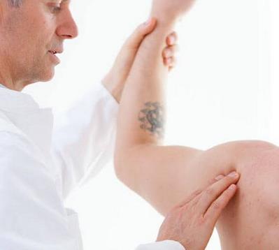 peties sąnarių skausmu priežastis gydymą skausmas kairiajame į peties sąnario