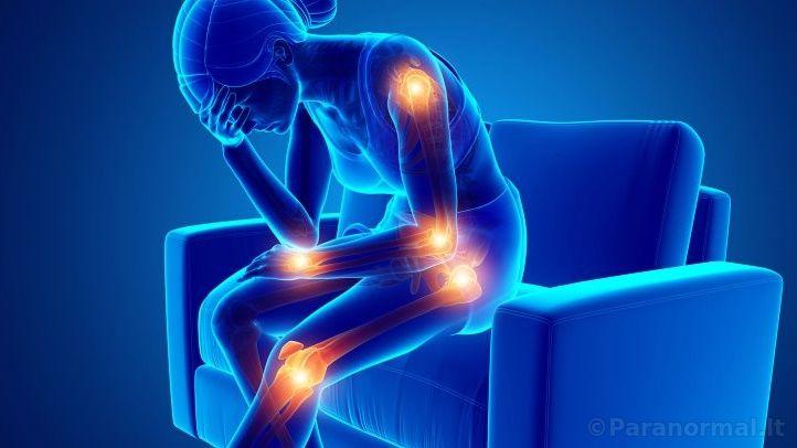 iš skausmai šepečių sąnarių priežastis ką daryti kad ne skauda po 50 metų sandūrą