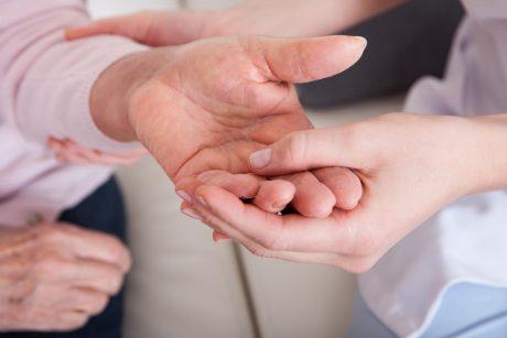 skausmo malšinimas skausmo malšinimas rankų kabliukų sąnarius