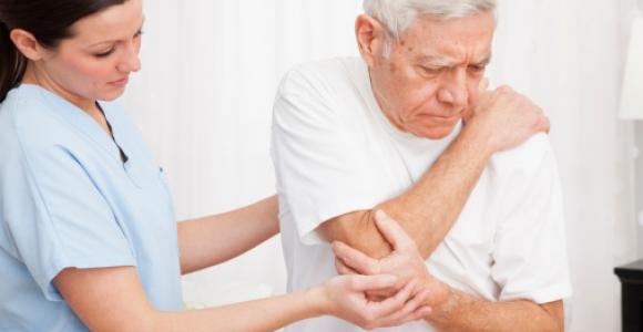 kokie yra alkūnės sąnario traumos gydymas osteochondrozė kremai
