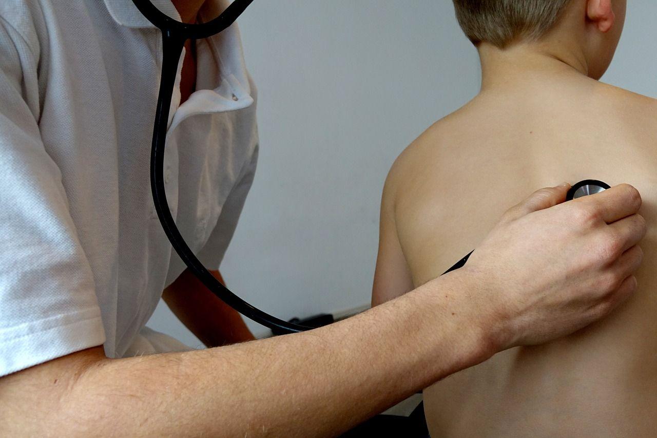 ligos kaulų ir sąnarių po pneumonijos sustaines skauda