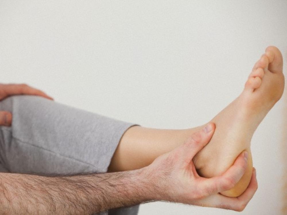 gerklės sąnariai ir raumenys