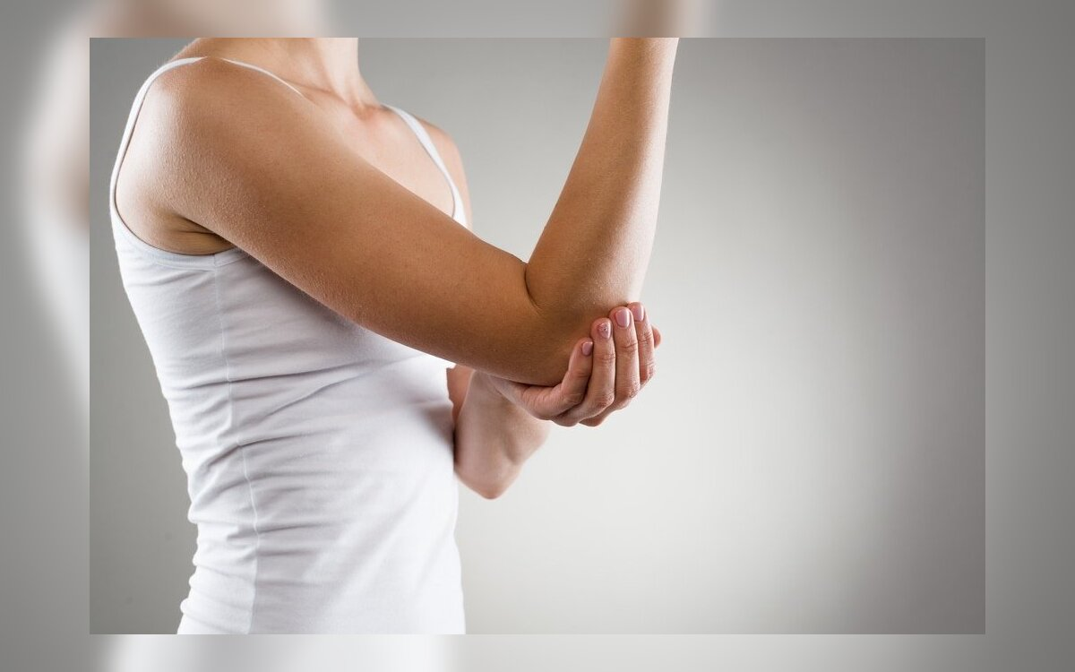 raumenų ir sąnarių serga po darbo plaukimo su osteoartritu alkūnės sąnario